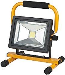 LED-Baustrahler Test: Brennenstuhl Mobiler Akku Chip LED Baustrahler 1171260301